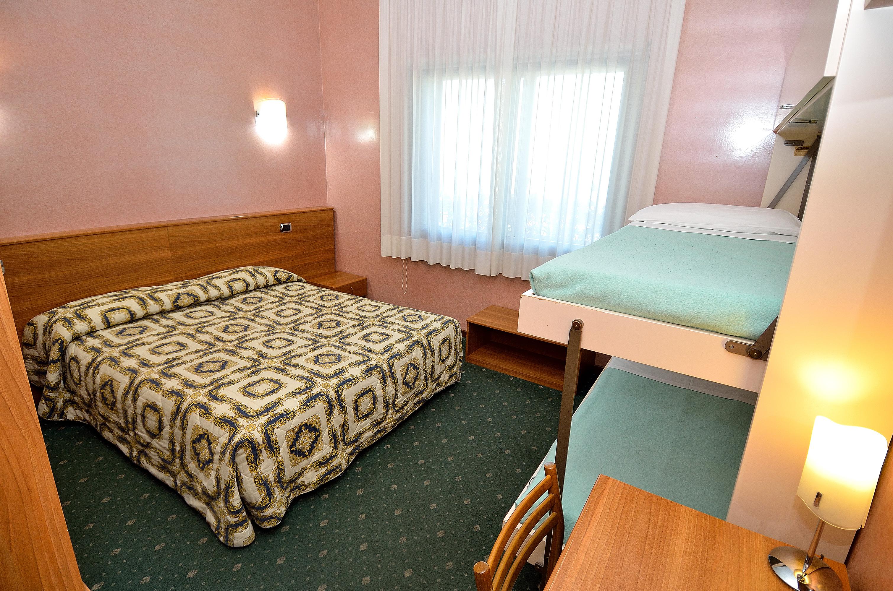 Letto A Castello Triple.Hotel Nuova Mestre Venice Italy Official Site